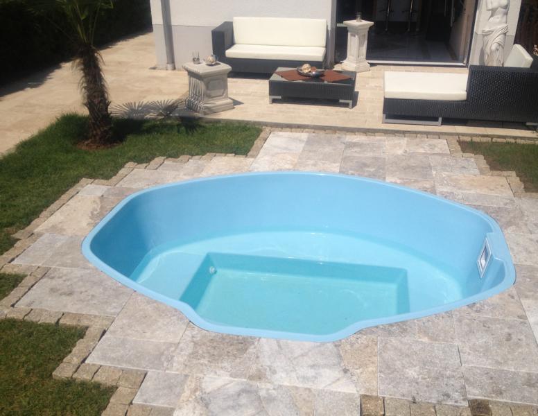 minischwimmbecken privatpool ffentlicher pool die verwendung der besten technik und. Black Bedroom Furniture Sets. Home Design Ideas