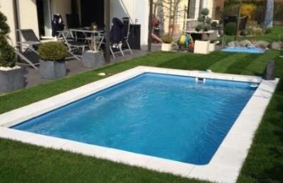garten mit pool privatpool ffentlicher pool die